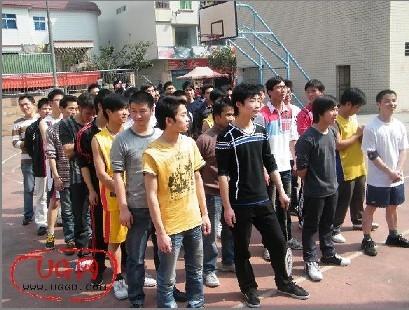 2011年青华第一次业余活动比赛(组图)