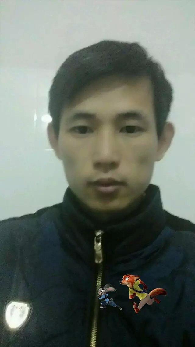 就业明星:李荣章